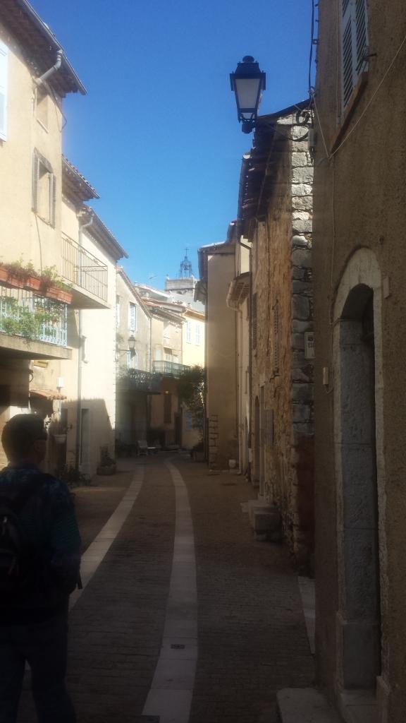 Main Street Mons
