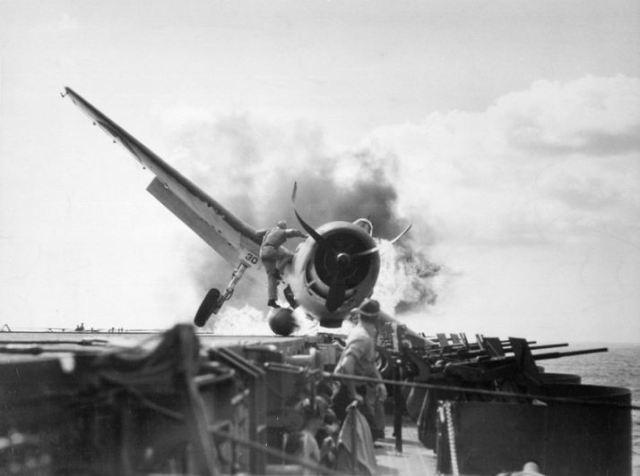 1943-enterprise-bruning-hellcat