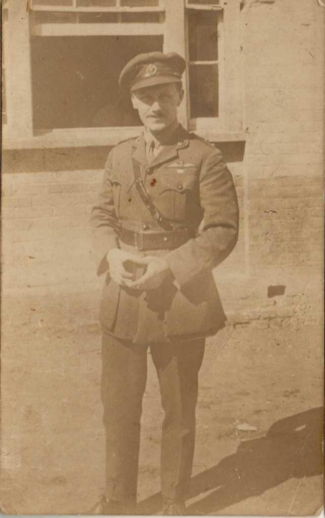 percy-francis-raf-officer-1